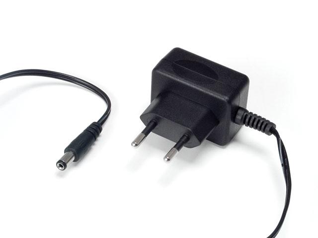 Netzadapter 110-230V