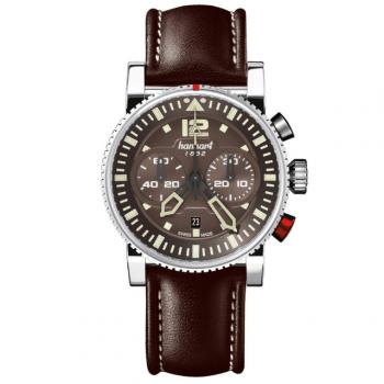 Hanhart Primus Pilot 740.280-0120: Vorderseite des Chronograph in braun aus Edelstahl mit braunen und schwarzen Zeigern und braunem Lederarmband