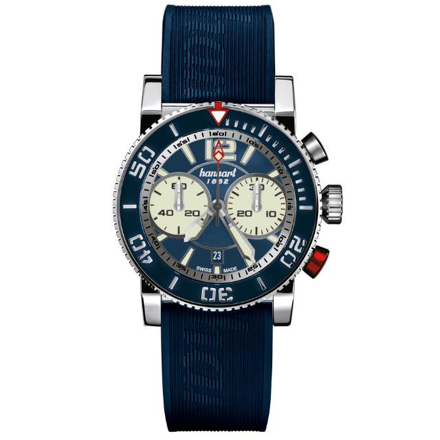Hanhart Primus Diver 742.270-1320: Vorderseite des Chronograph in blau und silber aus Edelstahl mit weißen Zeigern und blauem Kautschuk-Armband