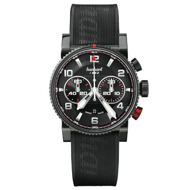 Hanhart Primus Racer Dark 741.510-1020: Vorderseite des Chronograph in schwarz aus Edelstahl mit weißen Zeigern und schwarzem Kautschuk-Armband
