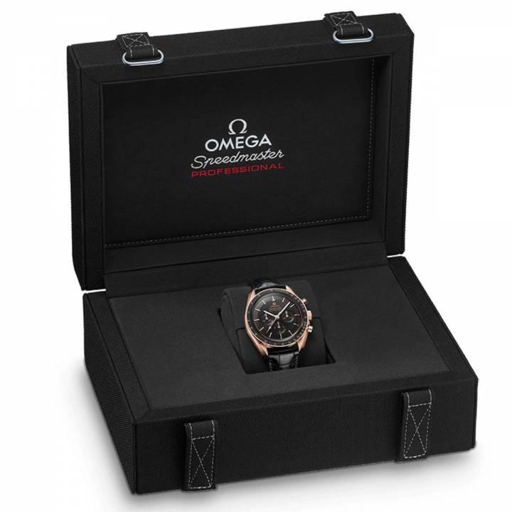 Omega Speedmaster Moonwatch Professional Box Sedna Gold